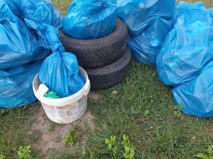 wielkie sprzątanie w gminie Kluczewsko