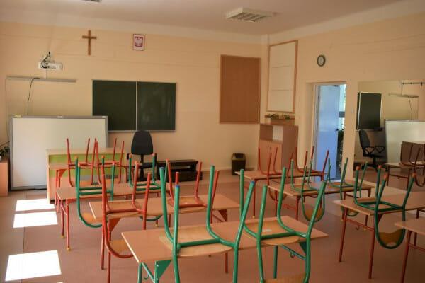 remont szkoły w Nowym Korczynie